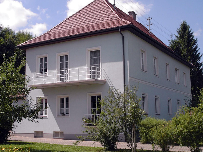 Privatzimmer und Appartments 'Haus Erika'
