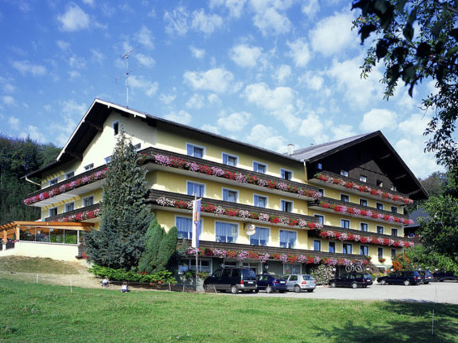 Hotel Restaurant Schneeweiß
