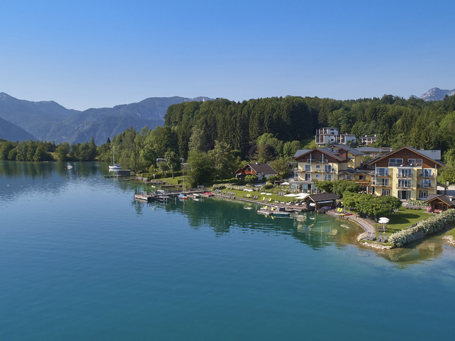 On the shores of lake Attersee - Hotel Stadler Seegasthof