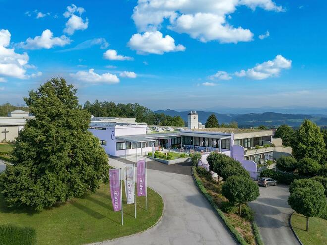 CURHAUS Bad Kreuzen - 1. Zentrum für Traditionelle Europäische Medizin