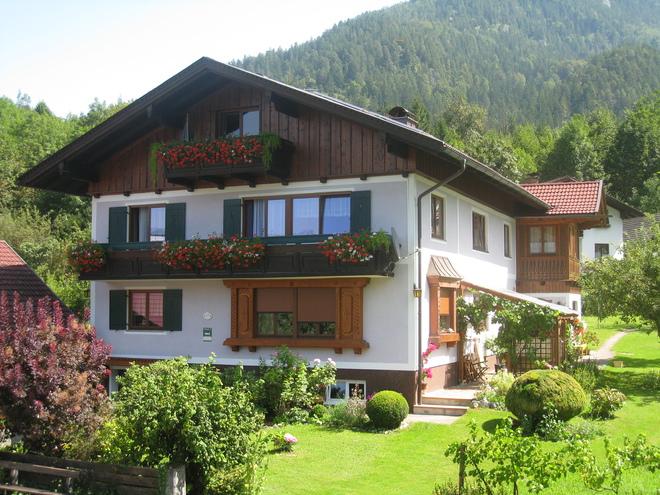 Edith Grill, Ferienwohnungen & Privatzimmer