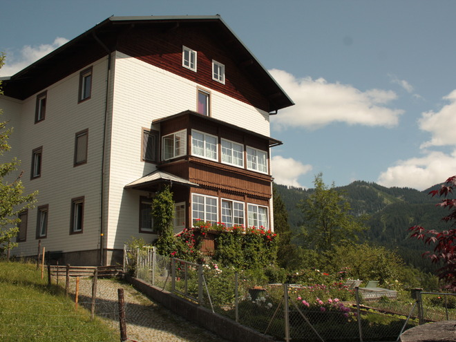 Youth Hostel of the Nuns Gosau