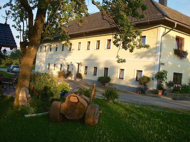 Kröpflgut - Familie Franz und Gerlinde Etzelstorfe
