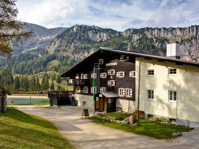 ÖAV-Berggasthaus Linzerhaus