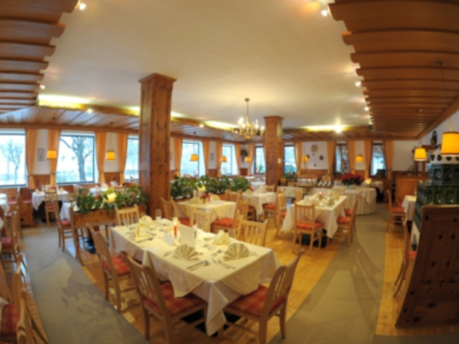 Restaurant in Hotel Schlick by the lake