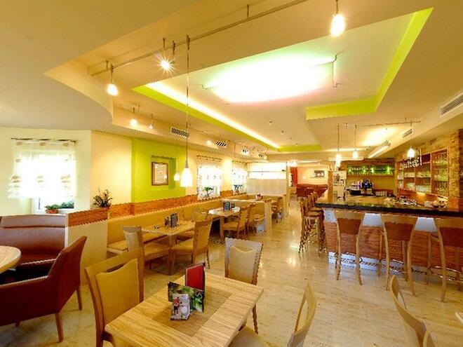 Cafe - Bäckerei Mayr