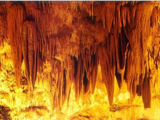 Gassel stalactite cave