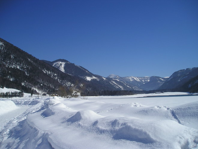 Winterwanderweg am 'Hintersee'