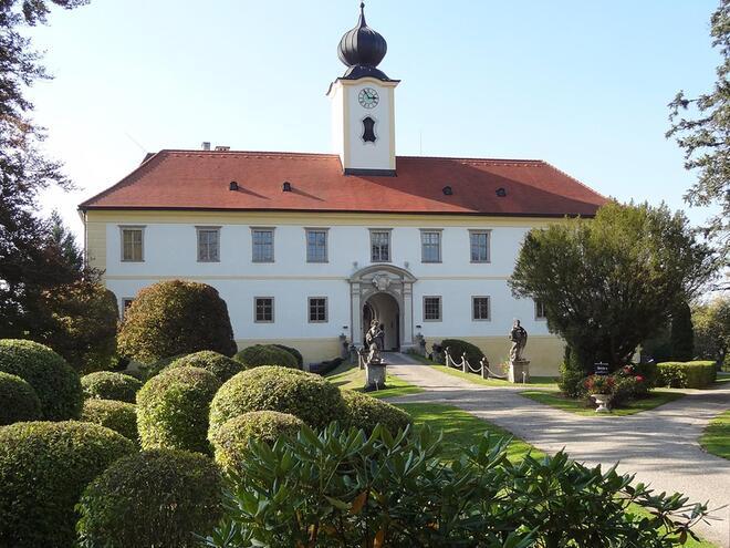 Schloss Altenhof