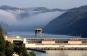 Donaukraftwerk Aschach im Morgennebel   © Michael Charwat