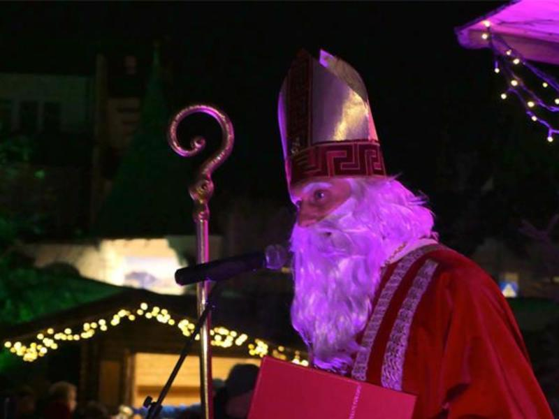 Welcoming St. Nicholas