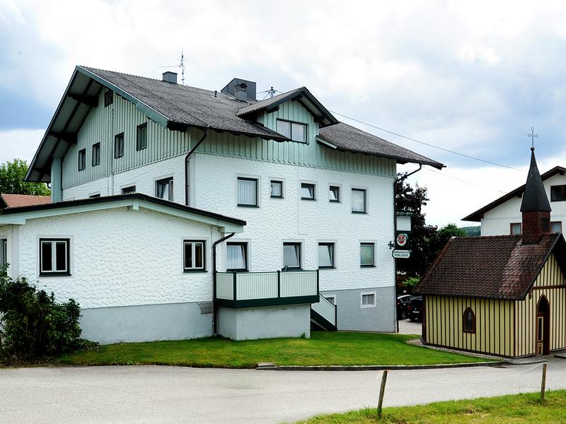 Landgasthof und Seminarhotel Kobleder in Mettmach - Außenansicht Haus