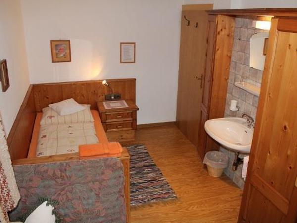 Einbettzimmer 2