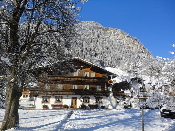 Winterbild Landhaus Gredler