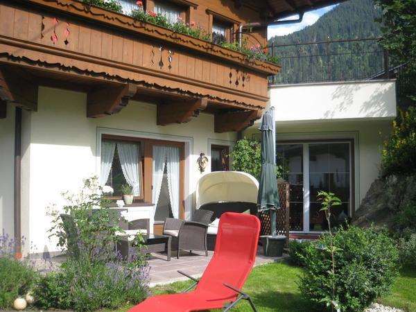 Terrasse Gartenblick