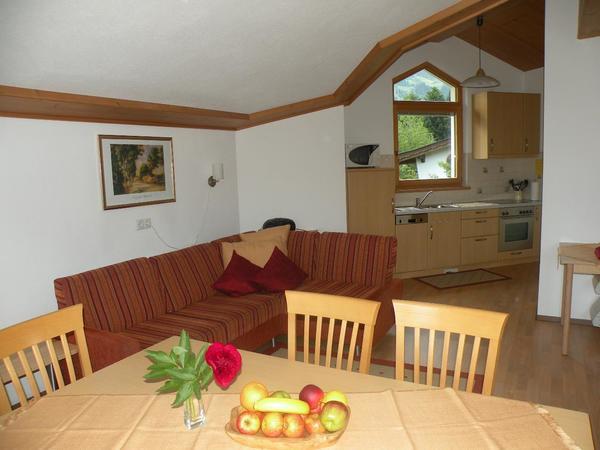 Wohnraum mit Küche der FW