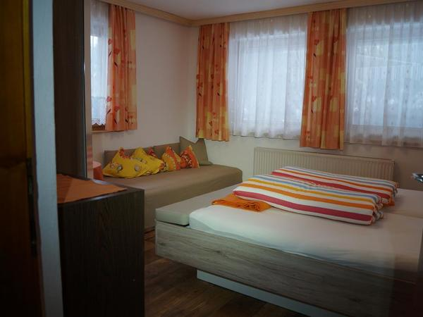 Zimmer 1 (1)
