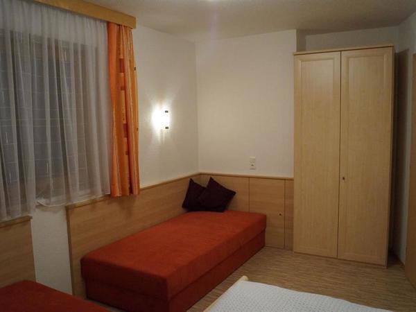Zimmer 1 WO 3-3