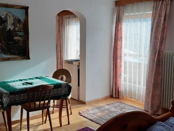 Familienzimmer (9+13)