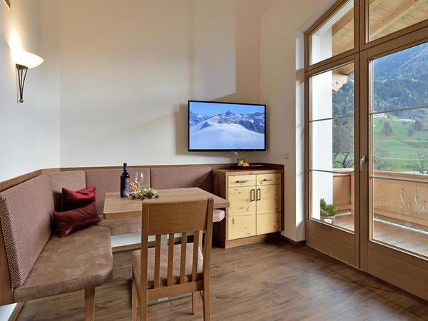 Haus-Sonnblick-Rauch-Ramsau-347-Wohnzimmer1
