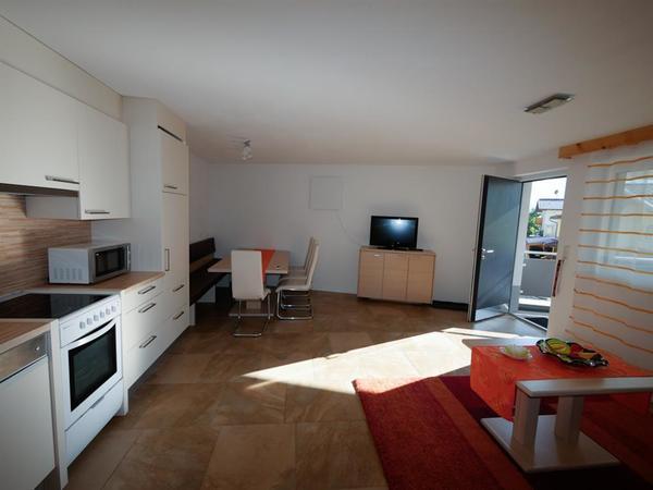 Haus am Sonnenhang-Hart-Zillertal-Wohnküche