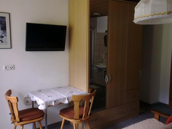 Doppelzimmer 5
