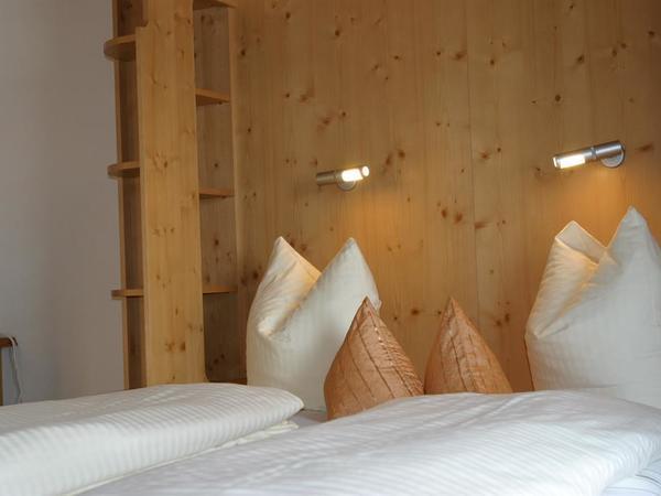 Wohnzimmer Fernblick mit Doppelbett (Klappbett)