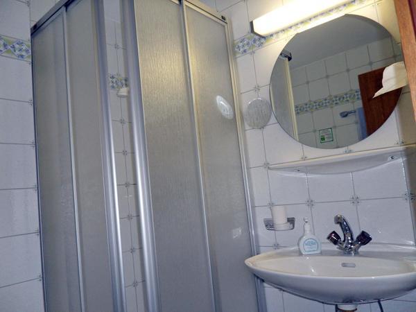 Kleines Einzelzimmer 4