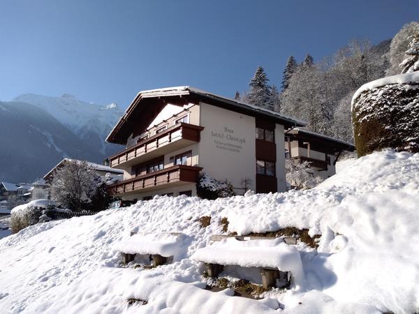 Winter Hausanssicht Haus Astrid Christoph