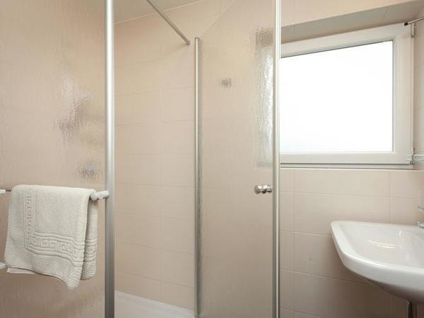 Erdg. Badezimmer