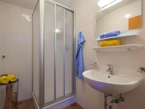 Ferienhaus-Zum-Grian-Bam-Ried-Top-4-Badezimmer
