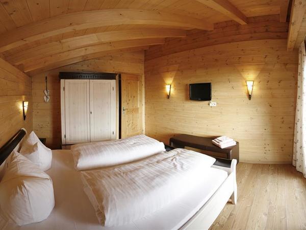Sissi - Schlafzimmer 1