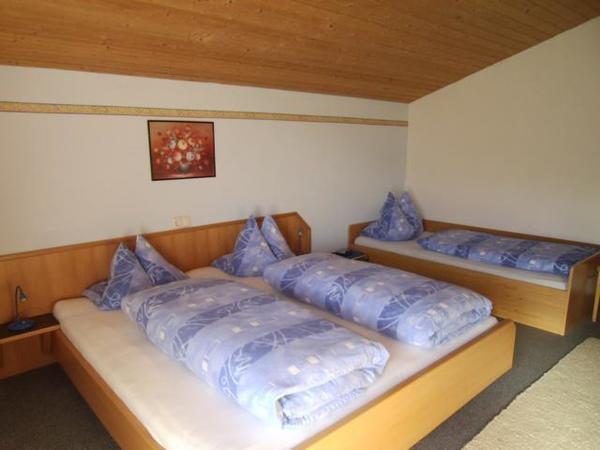 Schlafzimmer der WO Enzian