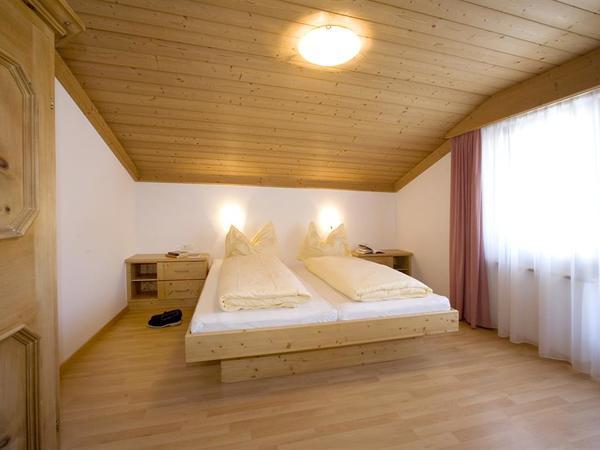 Schlafzimmer App Nr 3