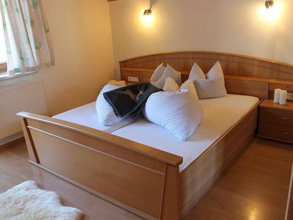 Zillertal-Fuegen-Appartements-Huber-Top4-Zimmer