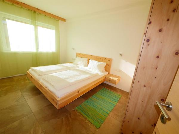 Schlafzimmer1a