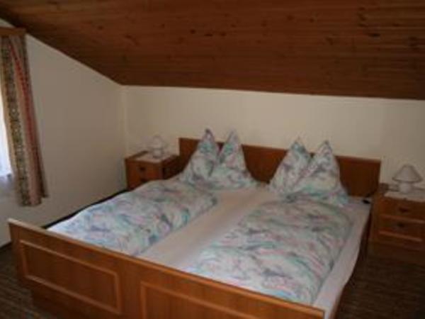 Apartment 2 - Schlafzimmer