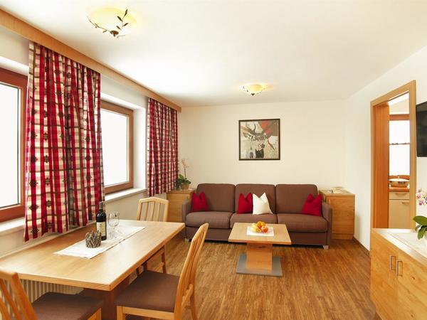 Wohn-Schlafzimmer FamZi Enzian