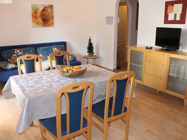 Zillertal-Fuegen-Appartements-Huber-Top3-Wochkuech