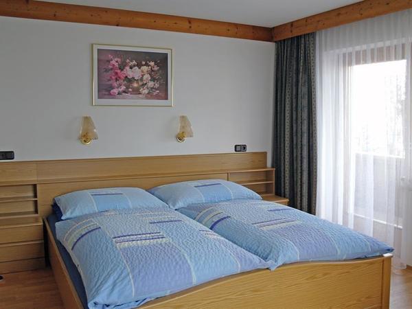 Schlafzimmer Nr 1