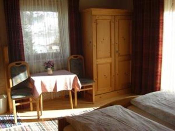 Sporer Elisabeth - Zimmer 8