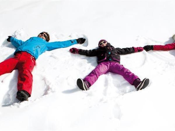 TXFB_Familie Schneeengel