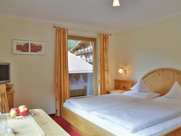 Gemütliches Doppelzimmer mit Balkon Nr. 6