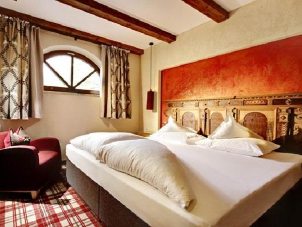 Turmsuite-Schlafzimmer-Hintertux