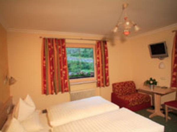Haus Tirol Schlafzimmer3