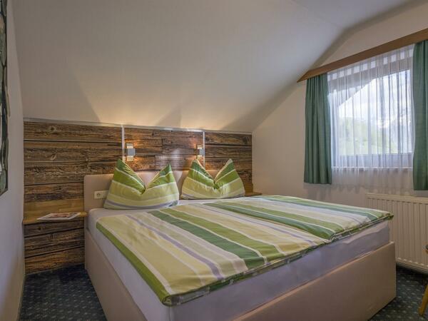 Berghof Geisler - Apartment Turm - Schlafzimmer