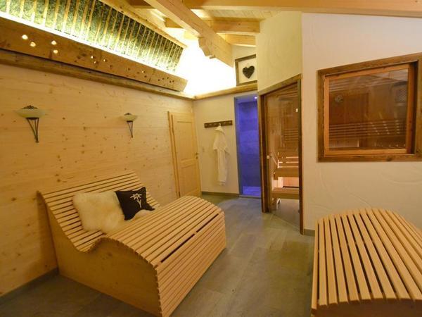 Wellnessbereich Hütte im Skigebiet