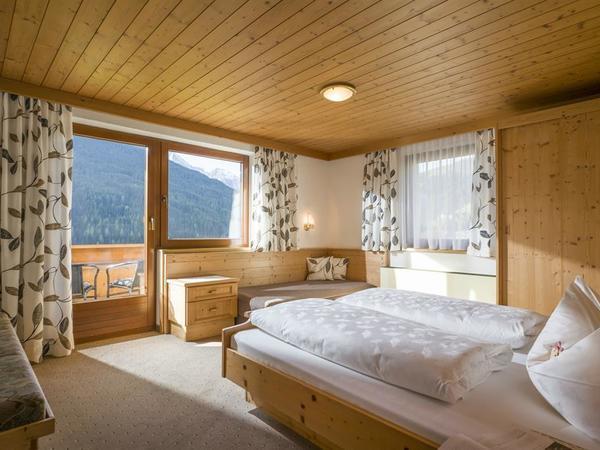 Haus_Gruebelspitz_Vorderlanersbach_171_Tux_Schlafz