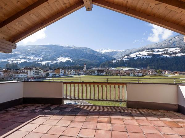 Ferienhaus-Zum-Grian-Bam-Ried-Top-4-Terrasse