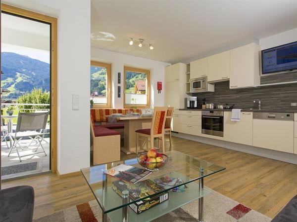 Küche mit Wohnsitzecke WH 1